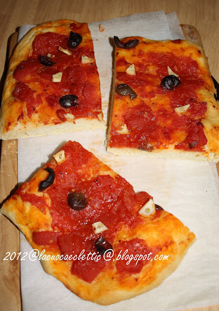 Pizza piccante e pizzette col fior di latte