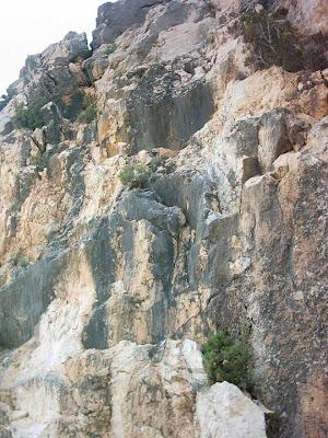 Pantano ,embalse, Pena ,Beceite ,frontera ,Valderrobres, piedras