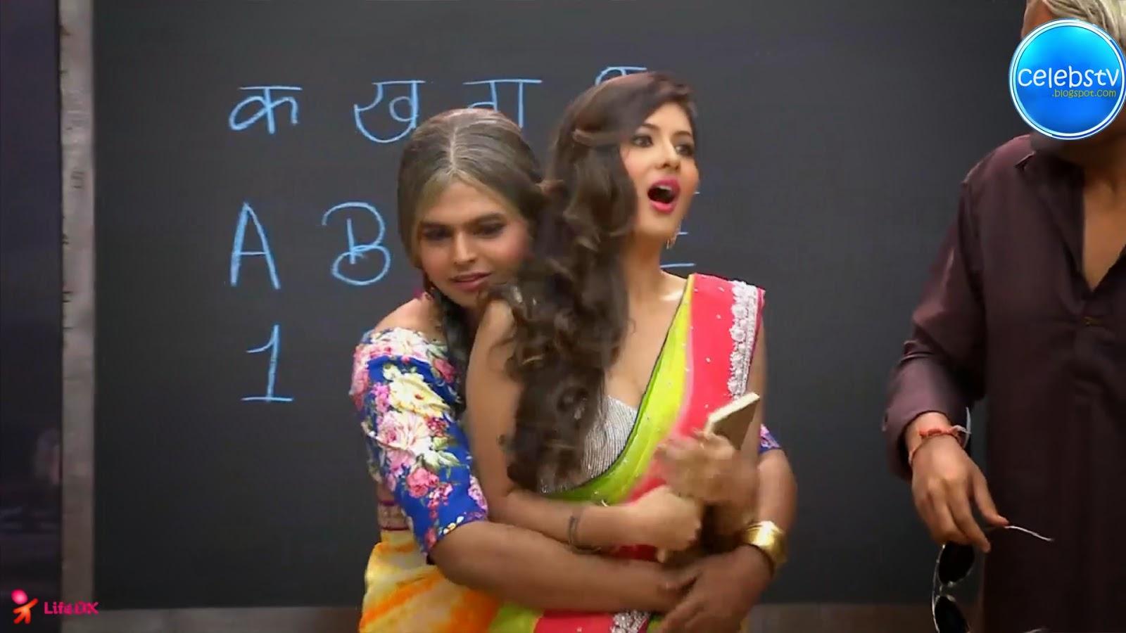 Pooja Bose Very Hot Sexy Bouncing Boobs, Navel Show -8843