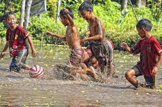 Peran Teknologi Dalam Pelestarian Budaya Dan Pembentukan Karakter Bangsa