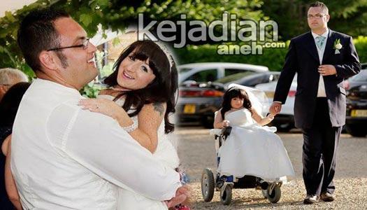 Wanita Terpendek di Dunia Akhirnya Menikah