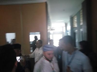 Ketua MPR Antar Adiknya ke Lapas, Kalapas Pastikan Tidak Ada Perlakuan Khusus bagi Zainudin Hasan