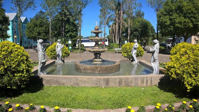Praça de Santa Lúcia do Piaí