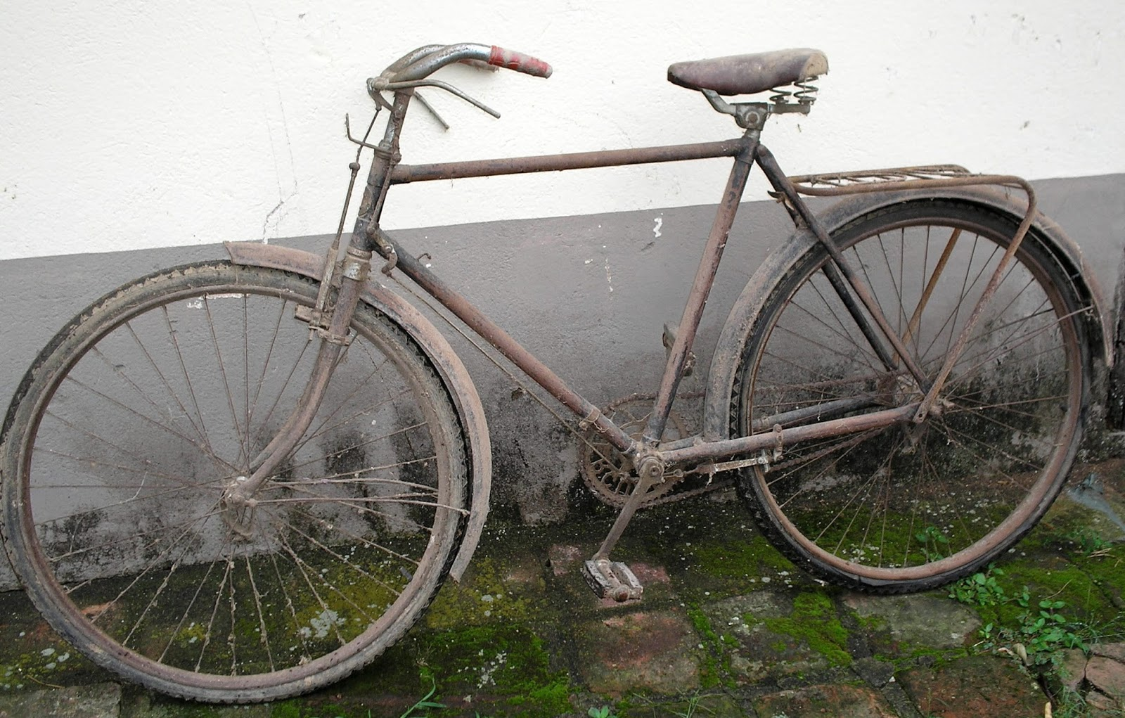 Ni Bicicleta Ni Bicicleto: Bicicletas Antigas: HERCULES BICICLETA ANTIGA