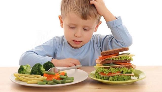Sudah Jadwalnya Makan Tapi Anak Tidak Pernah Lapar, Ini Penyebab dan Cara Mengatasinya