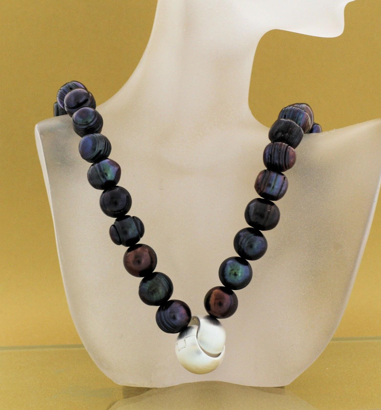 zuchtperlen in farbe perlenkette kaufen. Black Bedroom Furniture Sets. Home Design Ideas