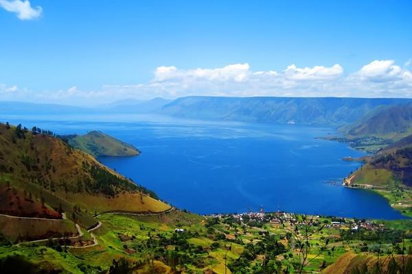 Pesona Wisata Danau Toba, Samosir - Pengembangan Wisata di Luar Parapat Perlu Dikembangkan