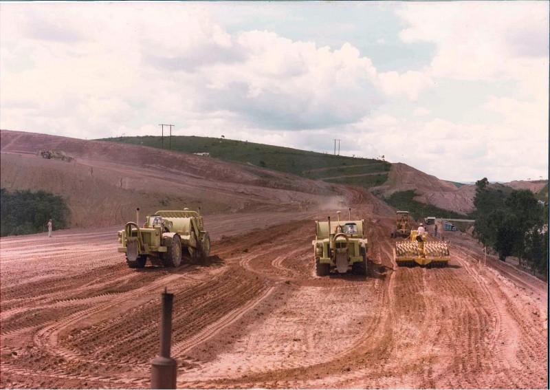 533cdeec59f8e A ferrovia teve a sua construção anunciada pelo governo brasileiro em 1973.  Era um projeto de longa data e de grande interesse para o mercado interno  ...
