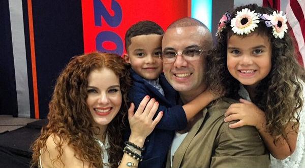 Wisin y su familia