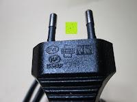 Kabelstecker: kwmobile Universal Notebook Ladegerät Netzteil 90W und USB Anschluss, Adapter für Acer, Asus, Lenovo, Liteon, Samsung, Sony, Toshiba und weiteren