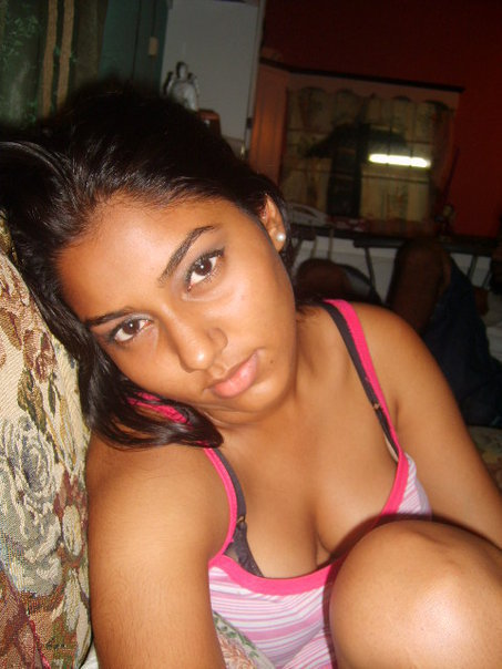 Never Seen Before Photos Of Sri Lankan Actresses And Models