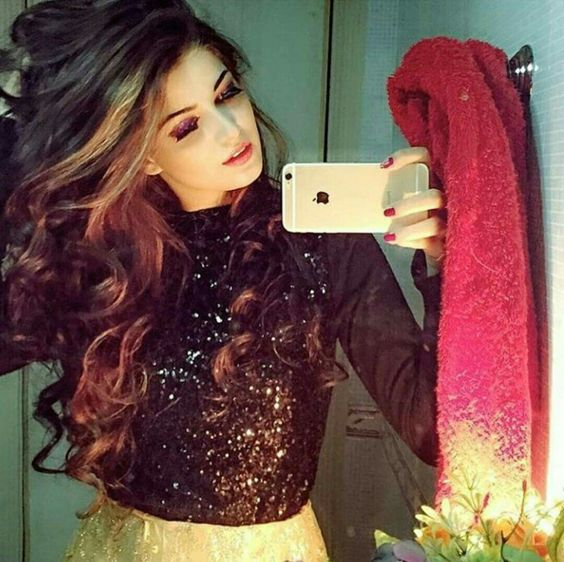 Pretty Girls #7 Love Shayari
