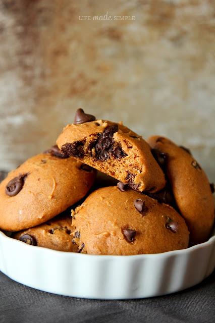 Puffy Cake Like Chocolate Chip Cookies