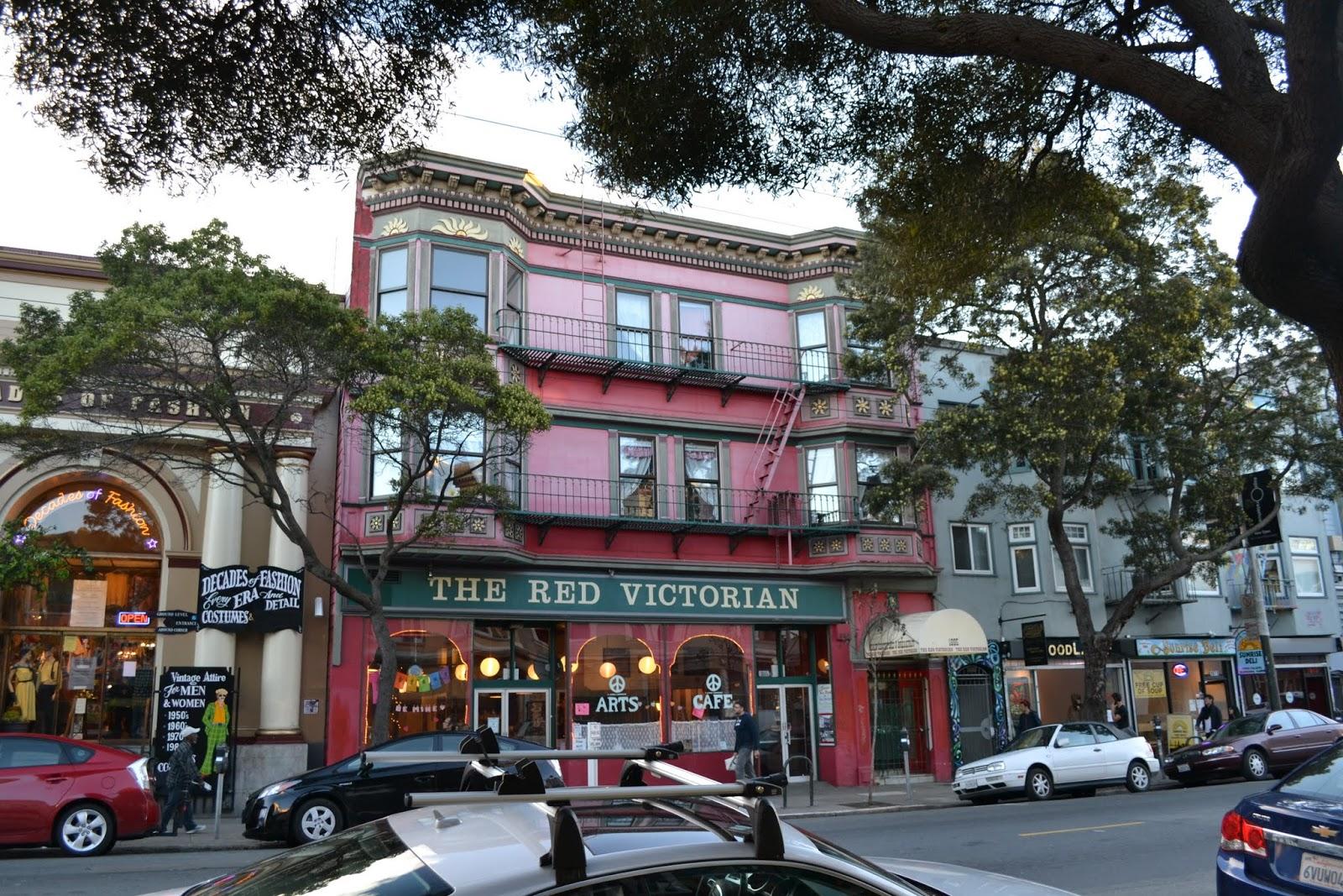 Отель Ред Викториан, Хейт-Эшбери, Сан-Франциско, Калифорния (The Red Victorian, Haight-Ashbury, San Francisco, CA)