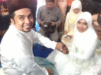 Perkahwinan Zahid Af Dengan Sarah Julifa Blog Panduan
