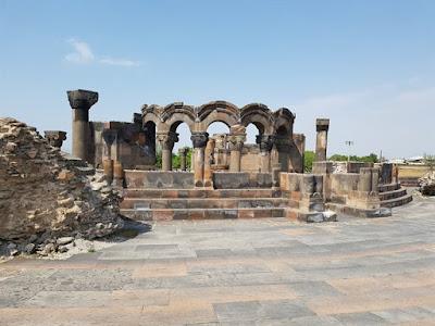 Templo de Zvartnots