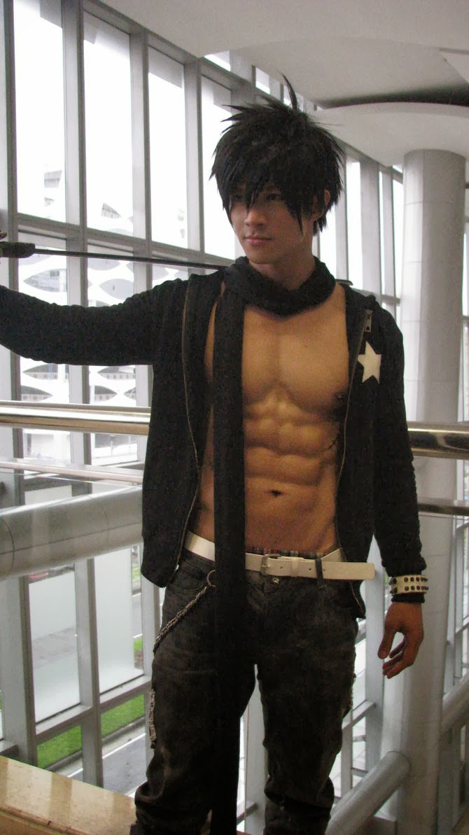 Male Cosplayer: JayEm Sison ~ Explore the life in the world