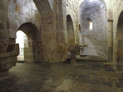 Navarra; Nafarroa; Monasterio de san Salvador de Leyre; Leyre; Leire; Cripta; Románica; Romanica
