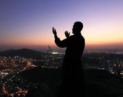 Kisah Orang Tekun Ibadah yang Masuk Neraka