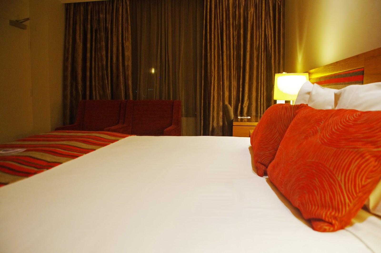 Melbourne Parkview Hotel Bed