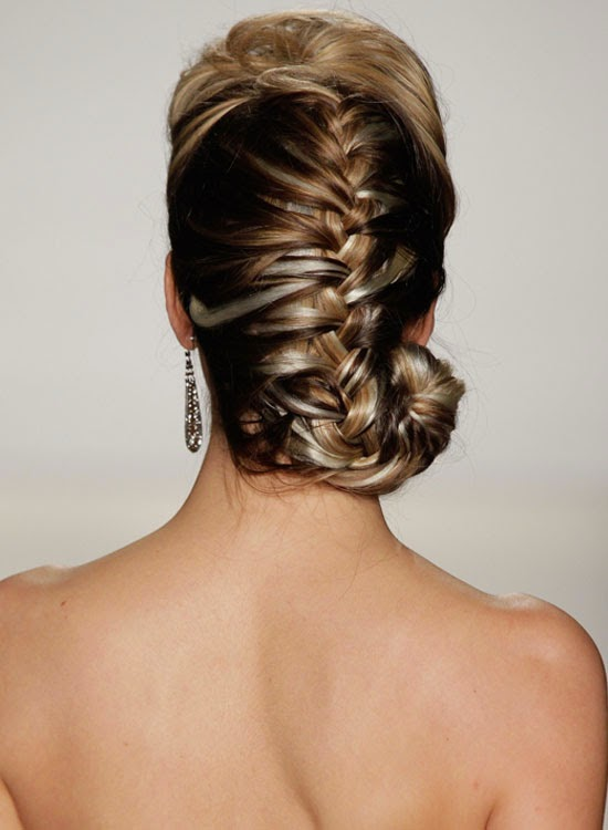 5 Bridal Hairstyle Ideas For Your Reception