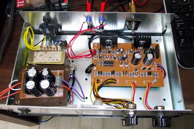 Amplificador na caixa