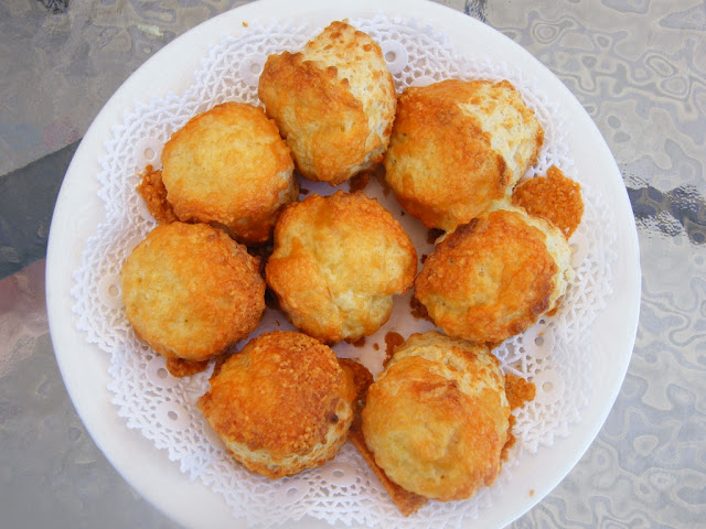 classic cheese scones