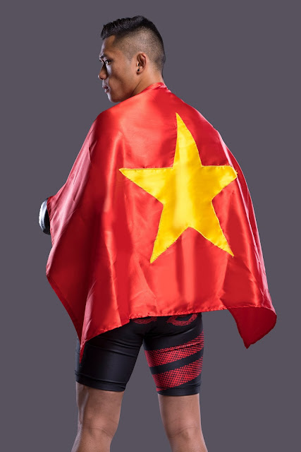 Martin Nguyen wearing the Vietnam Flag