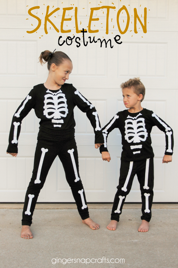 Today I Am So Excited To Be Sharing The Easiest Cutest Costume Ever These Diy Skeleton Costumes Are Adorable Annnnd Best Of All