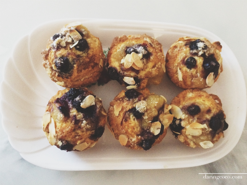 blueberry apple and almond crumble muffins