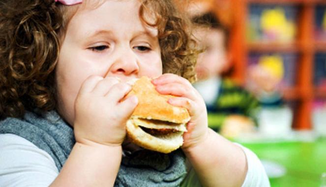 Panduan Cerdas Mengatur Pola Makan Anak Obesitas