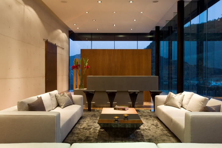 Living room in Modern contemporary CT House in Mexico