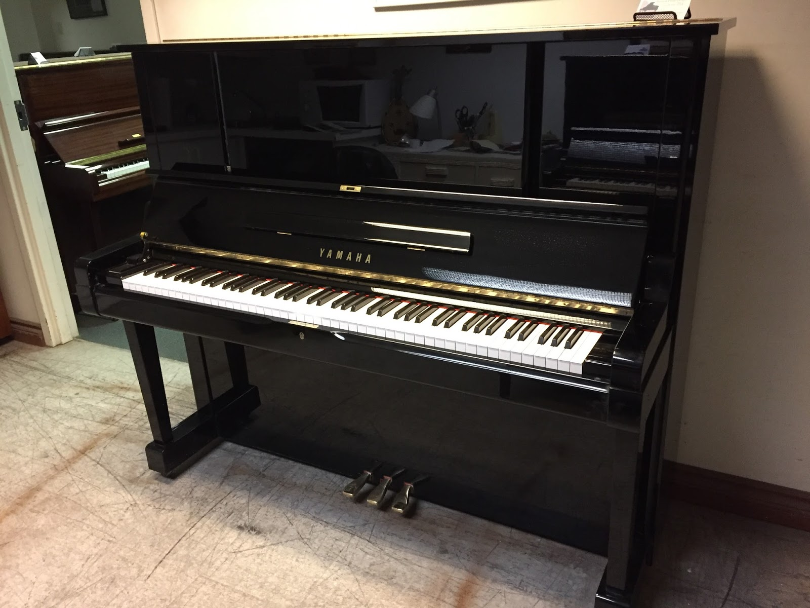 Used Piano Sale In Toronto Area Yamaha Yux 52 Quot Upright Piano