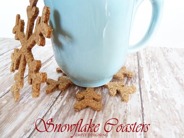 Snowflake Coasters | #diygift #snowflakecraft #fabulouslyfestive