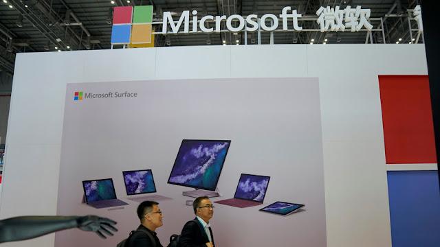 Duelo de gigantes: Microsoft supera el valor bursátil de Apple por 3.000 millones de dólares