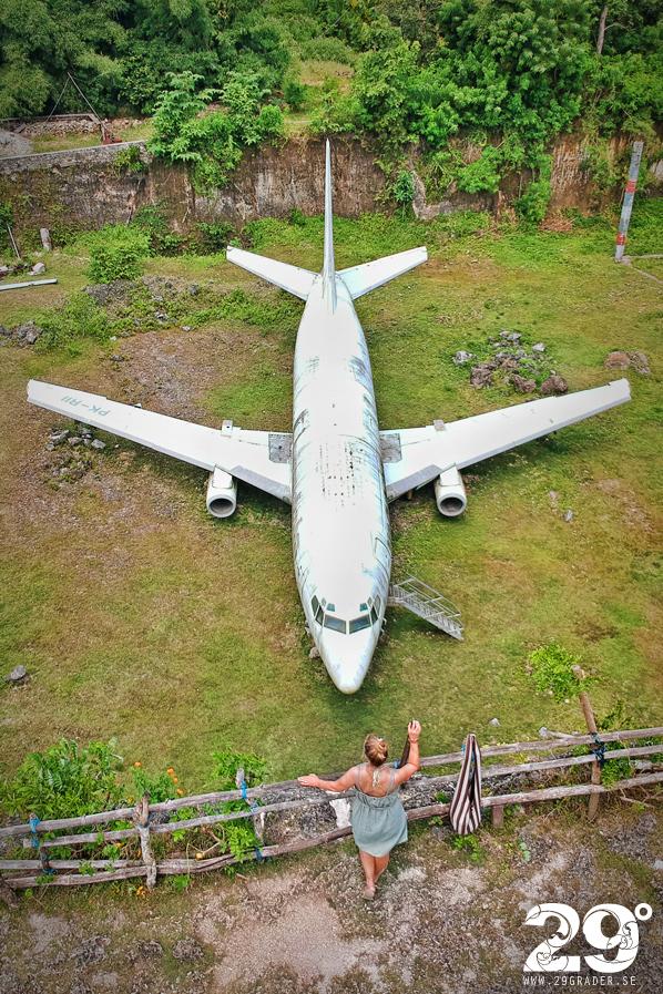 Övergivet flygplan...