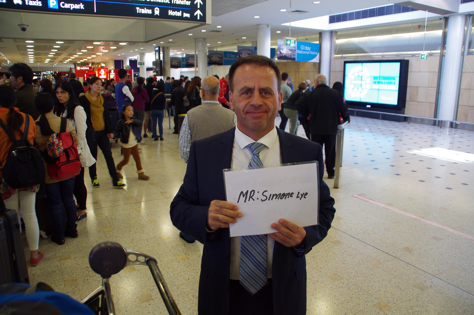 our driver from Hoppa at Sydney Airport