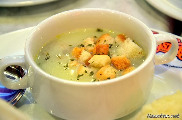 A closer look on the included bowl of Mushroom Chicken Soup