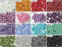 http://www.naspirale.cz/kategorie/koralky/mackane/trojdirkove_2/emma-beads