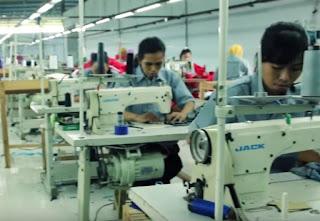 jasa pembuatan baju seragam kerja.jpg