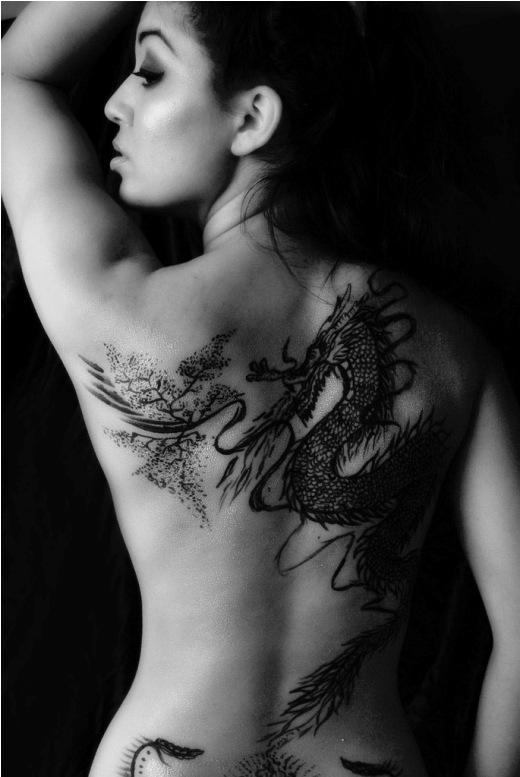 Tatuagens femininas - Dragão oriental