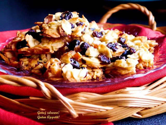 Ciasteczka z płatków migdałowych i żurawiny - Czytaj więcej »