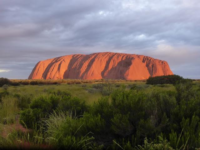 P.N. Ayers Rock - Vista del Uluru (Australia)