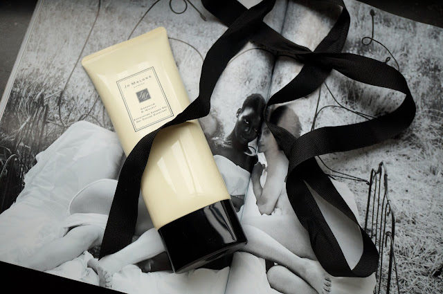 Jo Malone Geranium & Walnut Exfoliating Shower Gel