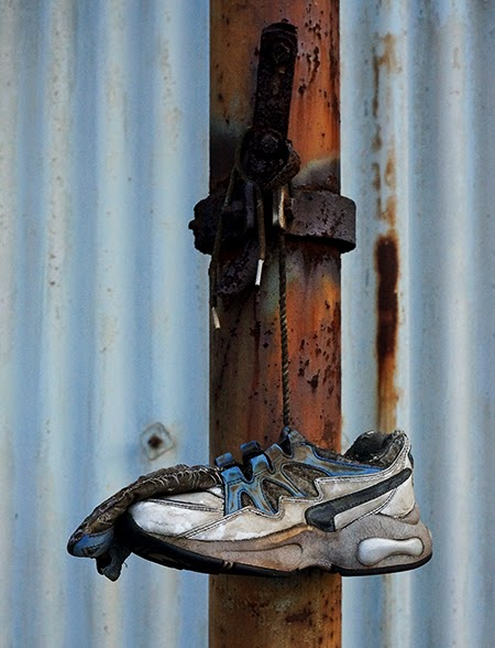 odd shoe, urban, photography, found objects, photo,