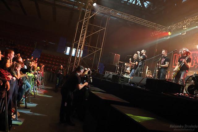 Koncert Luxtorpeda - Wałbrzych 11.03.2017 - relacja, zdjęcia, reportaż