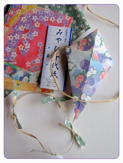 kilika hecho a mano origami cometa