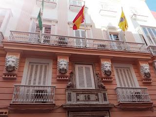 foto del balcón del rectorado del vicerectorado de Cadiz