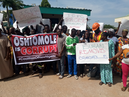 Oshiomhole Is Corrupt? Protesters Storm ICPC, Demand Probe