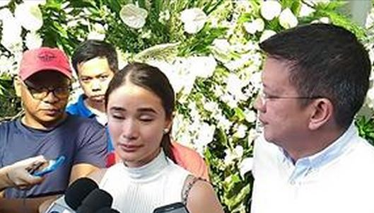 Heart Evangelista Gets Emotional In Her Visit To The Wake of 'Second Mom' Miriam